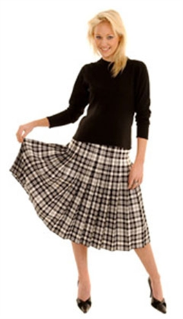 Picture of Ladies Pleated Skirt (All round pleats)