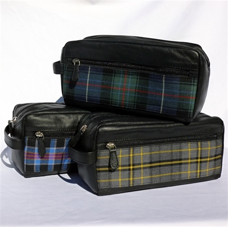 Picture of Leather & Tartan Wash Bag in Corporate Tartans