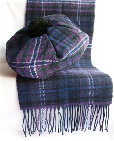 Picture of Tammie and Scarf Set, Lambswool, Tartan